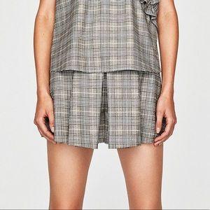 Zara Box Pleat skorts size Large